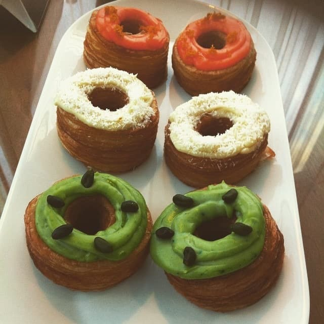 Decorate your donuts or cronuts for St Patrick's Day