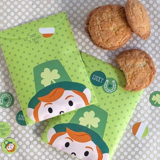 Lucky leprechaun treat bags and stickers for your St Patrick's Day guests