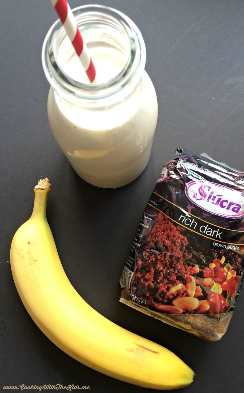 Recipe for a quick and easy banana smoothie from www.CookingWithTheKids.me