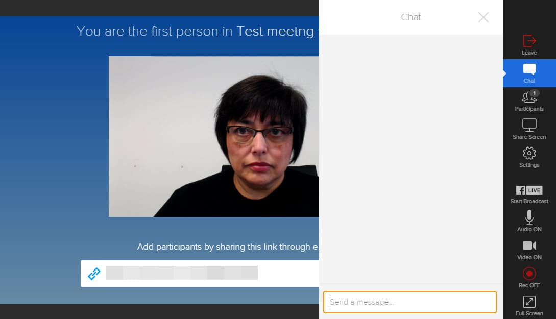 onSocial from BlueJeans allows you to text chat to your attendees