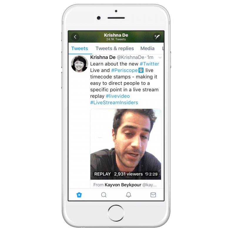 Example of sharing a Periscope live stream at a specific time point on Twitter
